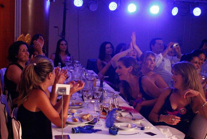 Cena de empresa con magia Madrid