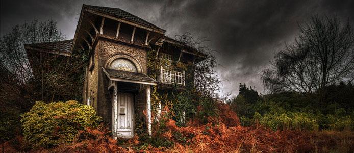 Halloween Halloween Hostel Dam