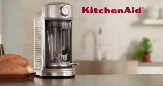 Win a KitchenAid Magnetic Torrent Blender