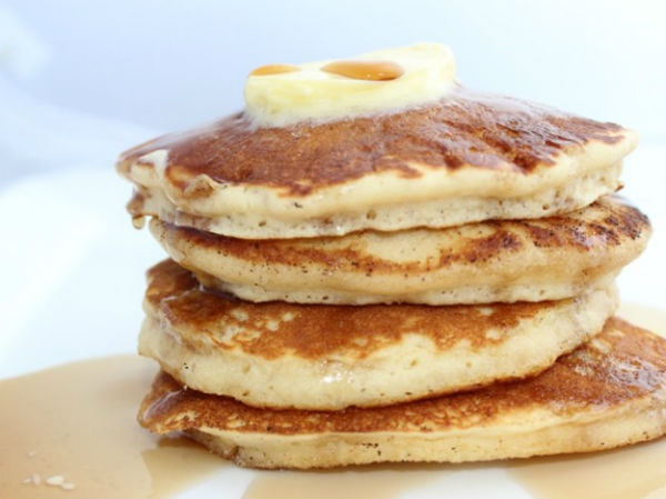 20140225-284568-Baileys-pancakes