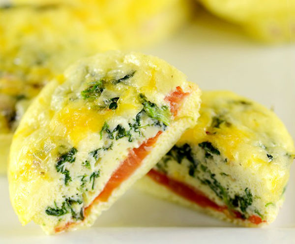 12-Easy-Make-Ahead-Breakfast-Muffins-Cheesy-and-delicious-