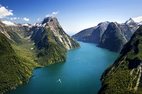 D-Milford-Sound-Fiordland-1