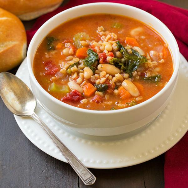 Mediterranean-Kale-Cannellini-Stew-with-Farro-srgb