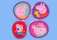 Dentro del laberinto con la familia Peppa Pig