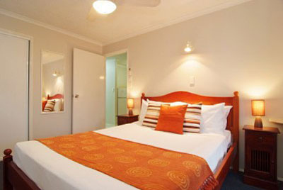 2 Bedroom APARTMENTS Airlie Beach Accommodation