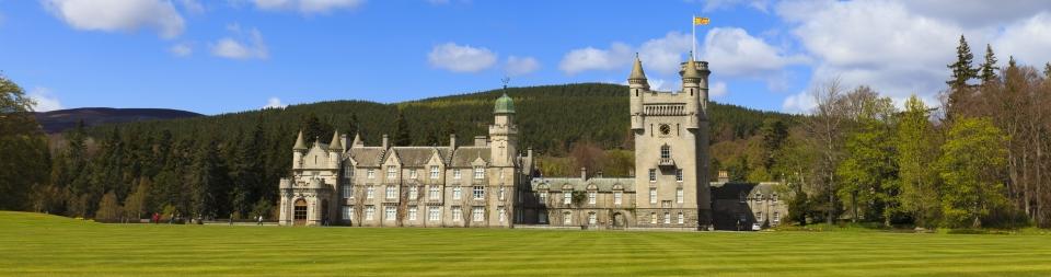 Edinburgh | Castles & Manors