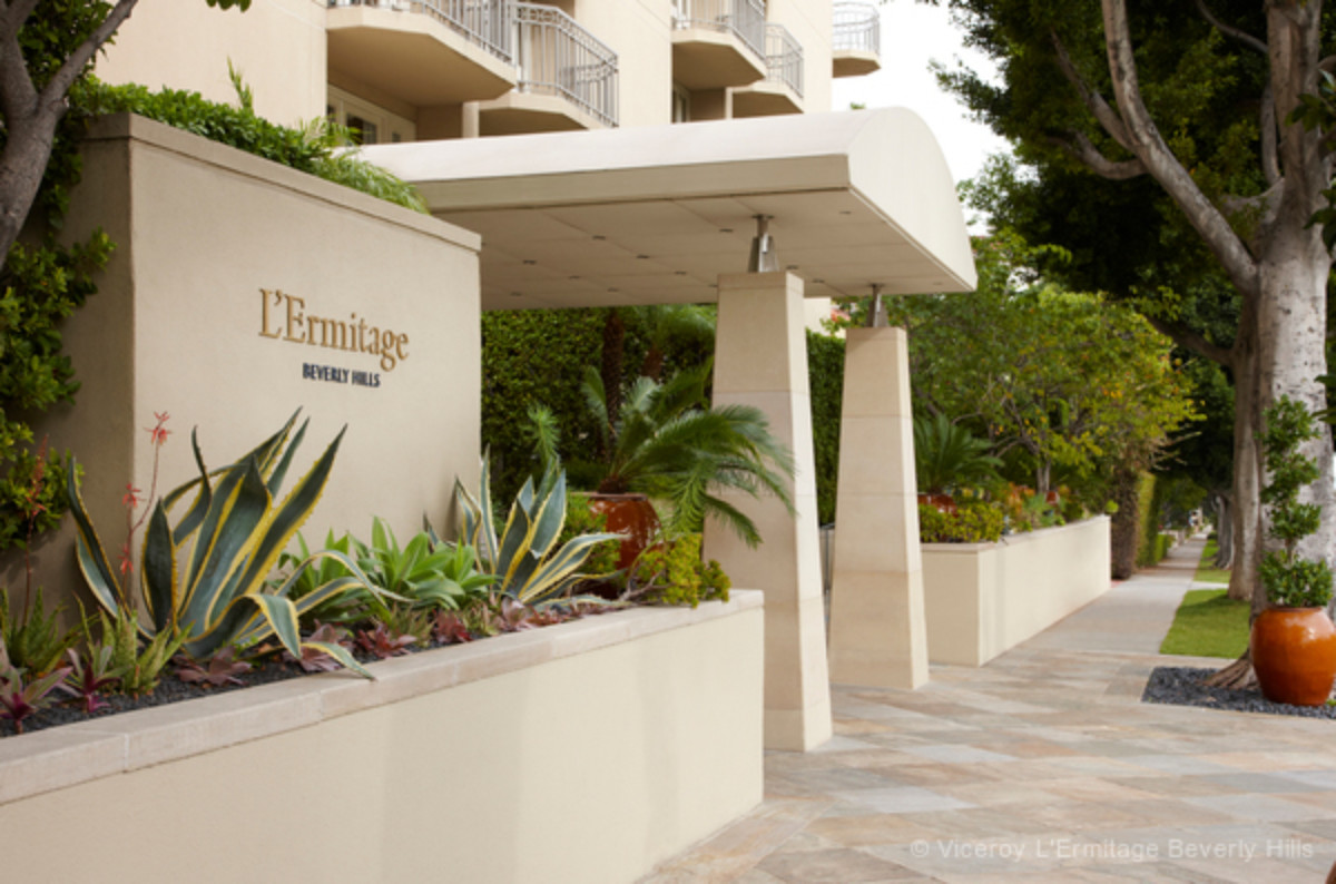 take a tour of the viceroy l ermitage theobald theobald viceroy hotel entrance