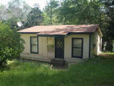 Avinger TX Single Family Home Sold By Listing Office: $14,000