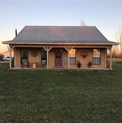 New Boston TX Single Family Home For Sale: $175,000