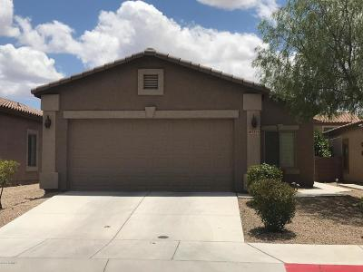 Tucson AZ Single Family Home Active Contingent: $171,000