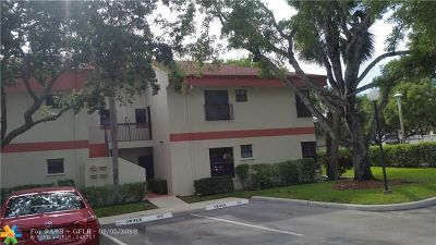 Coconut Creek FL Condo/Townhouse For Sale: $165,000