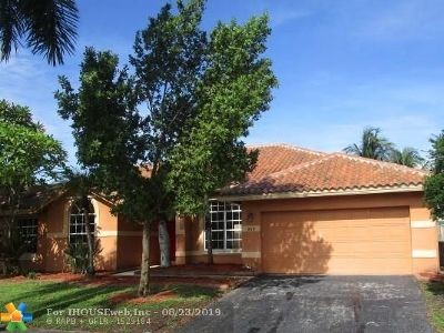 Sunrise FL Single Family Home For Sale: $389,900