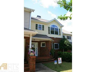Sandy Springs GA Condo/Townhouse Sold: $209,777