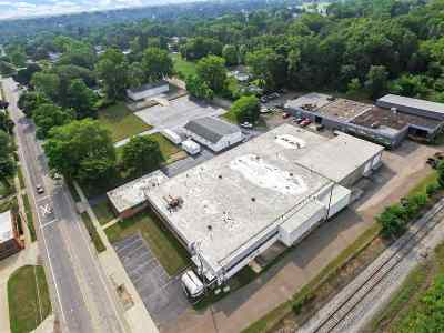 Jackson MI Commercial Lease For Lease: $2
