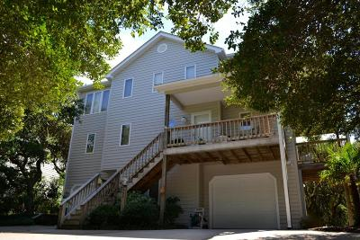 Pine Knoll Shores NC Single Family Home For Sale: $375,000