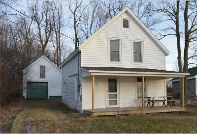 Lyme NY Single Family Home S-Closed/Rented: $75,000