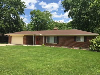 Dayton OH Single Family Home For Sale: $129,900