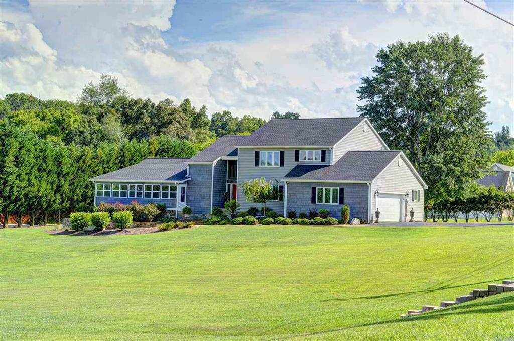 Waterfront Property For Sale In East Tennessee Page 1 Of