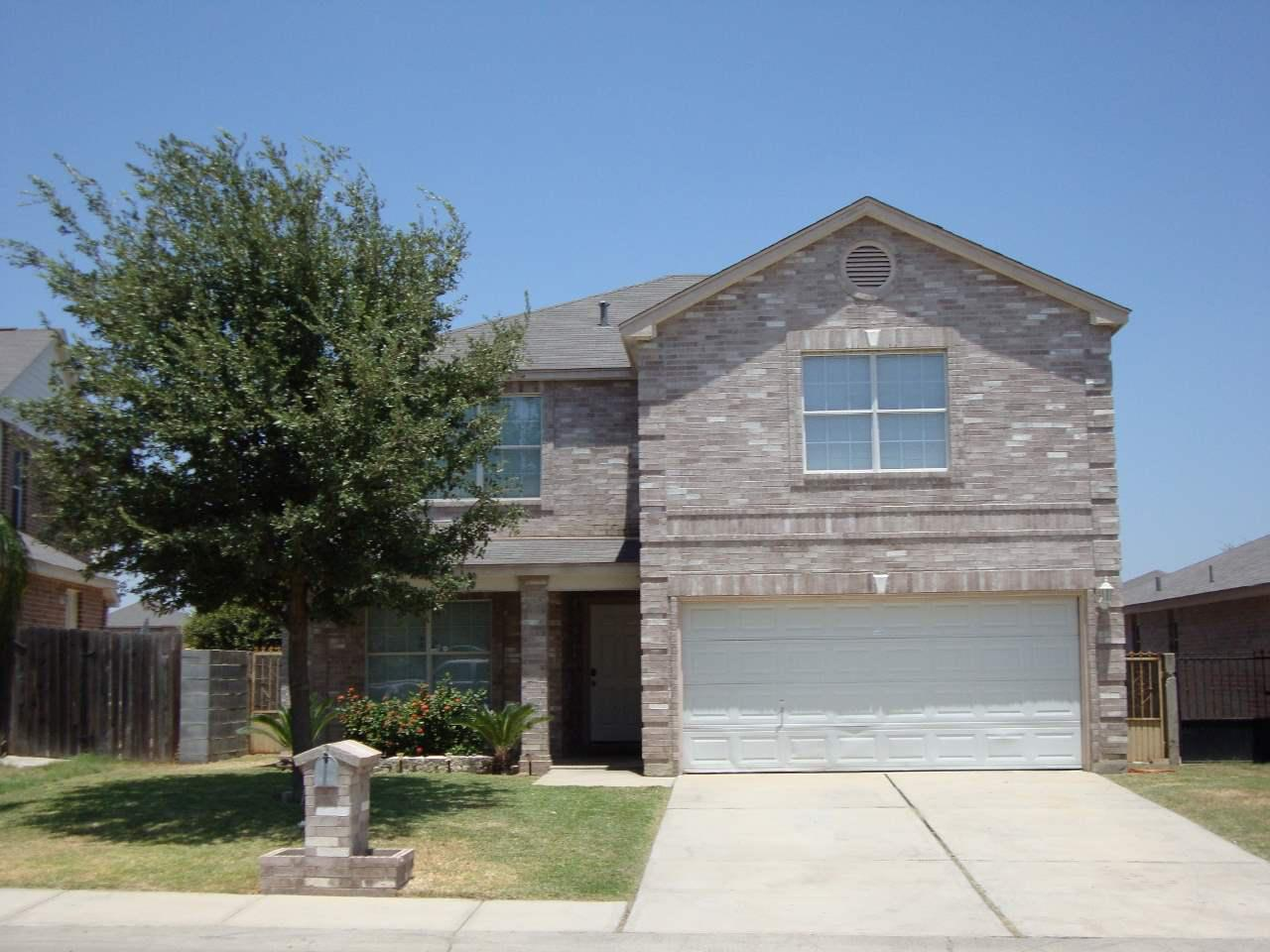 Listing 2432 Old Spanish Trl Laredo Tx Mls 20152372: home builders in laredo tx