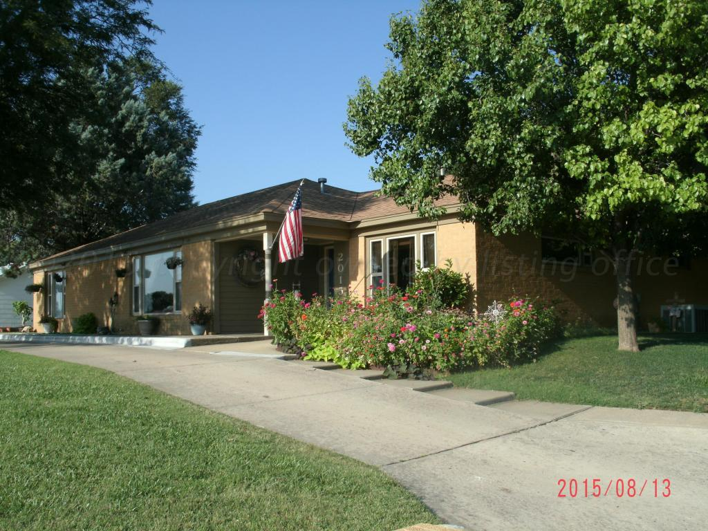 listing 2015 n duncan st pampa tx mls 15 10436 pampa homes for sale property search in