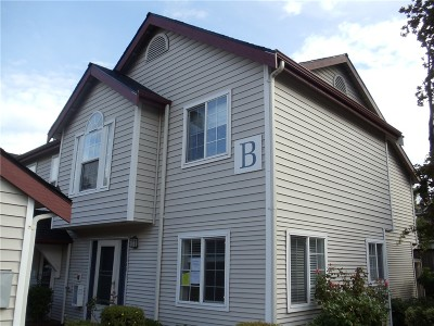 Kent WA Condo/Townhouse Sold: $160,500