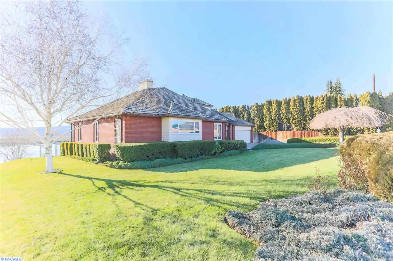 mobile homes for sale in richland wa with  on  also  furthermore Maxeys Rv Mobile Home Park Kennewick Wa in addition Keely Sterba 225187a additionally Metz Mobile Home Rv Park Kennewick Wa.