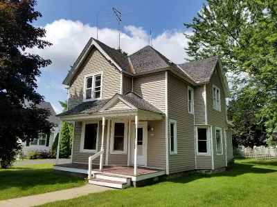Wautoma WI Single Family Home For Sale: $59,500