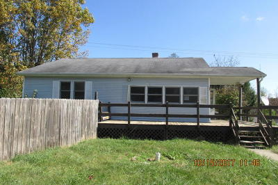 Renick WV Single Family Home For Sale: $69,900