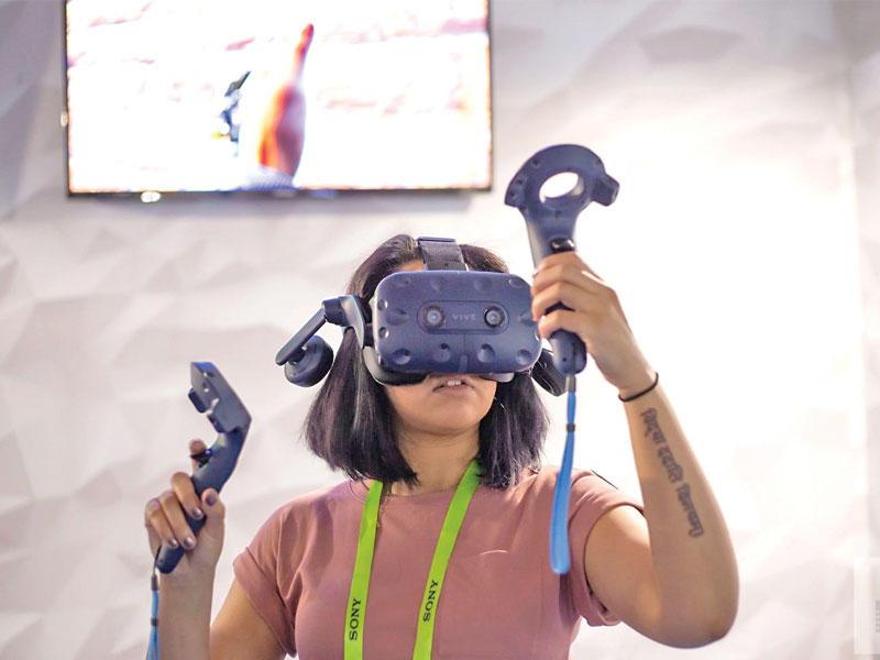 جريدة الجريدة الكويتية    شركة HTC تركز على تقنية الواقع الافتراضي