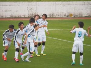 ゴールを喜ぶフロンターレの選手たち