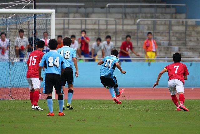 PKを蹴るのは瀬川ヤーシャ選手