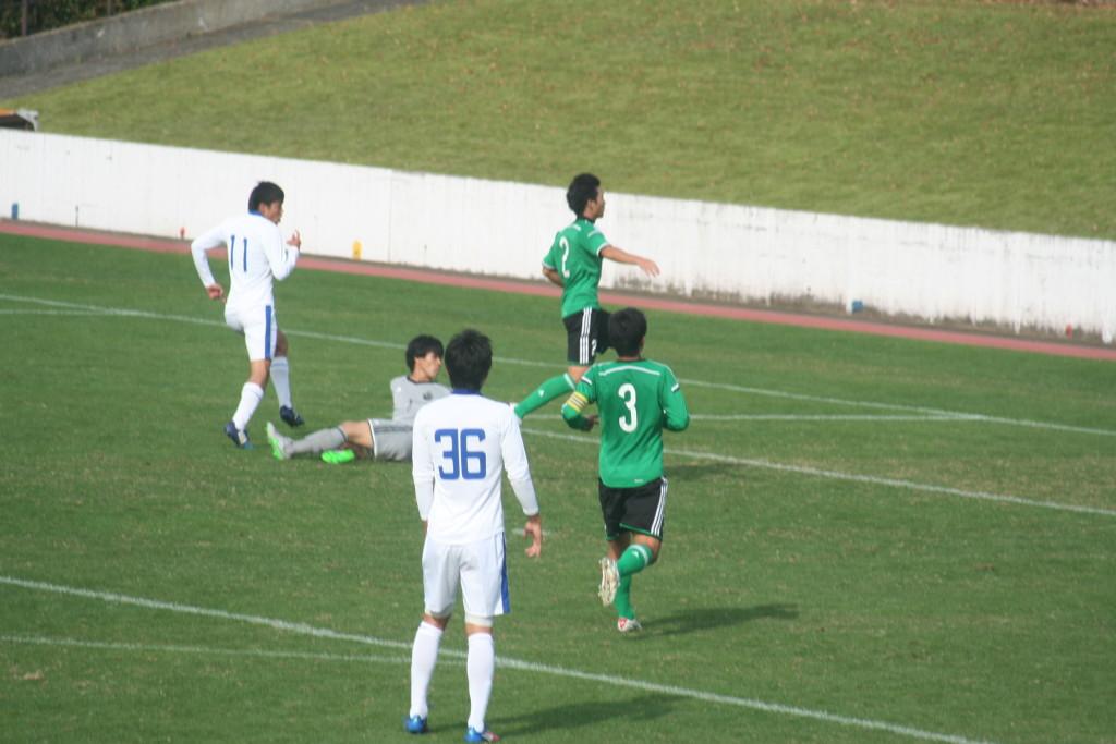 鈴木国友選手が決めて桐蔭横浜が逆転した
