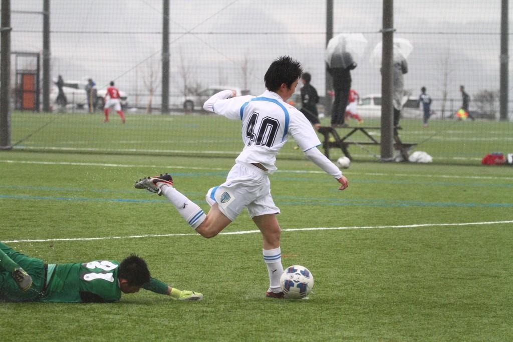 小延将大選手にゴールを許し逆転される