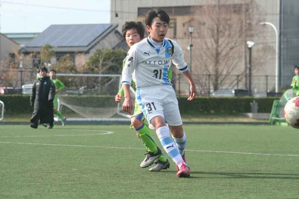 練習試合にCBで出場した橋本結人選手。背番号は31