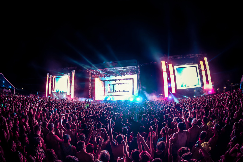Main stage at Sunset Music Festival