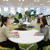 株式会社リブマックス / 年休120日◎赤坂の新築オフィスにはカフェ☆不動産事務【正】