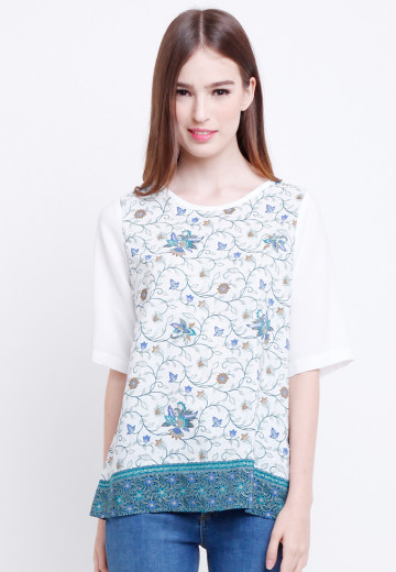 Thia Top in Blue image