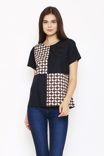Sika Top in Black. image