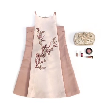 BUTTERCUP DRESS - PINK image