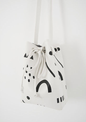RINTIK BUCKET BAG image