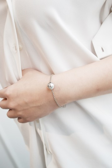 Halve White Gold Everyday Bracelet