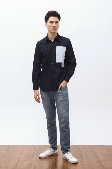 Nabe Two Patches Shirt in Navy