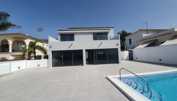 Luxury Villa in Adeje, El Galeon, for sale