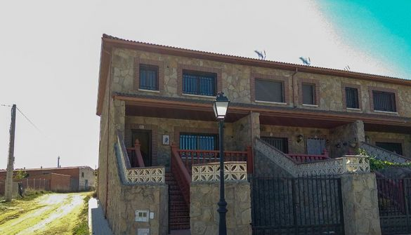Villa in Tiemblo, El, for sale