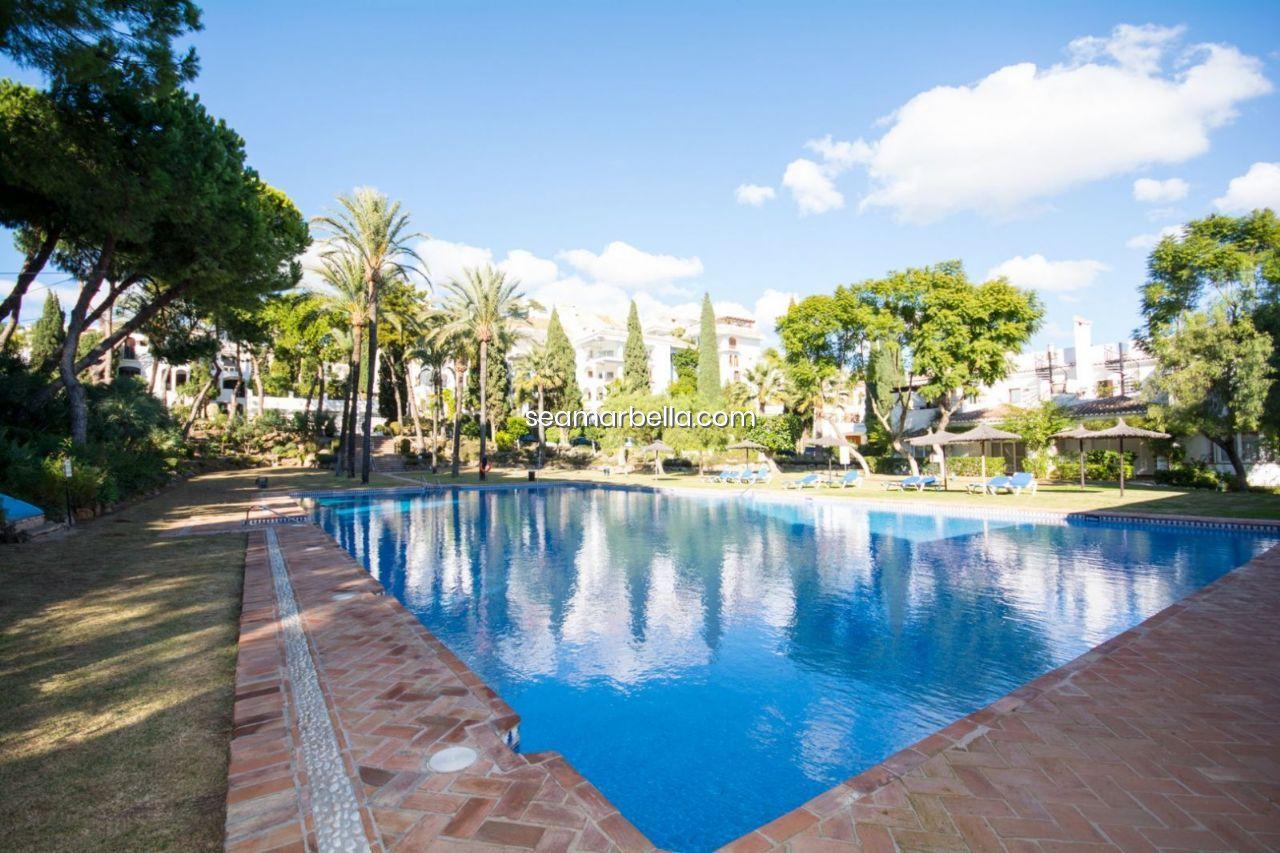 Comprando bienes raíces en España por los rusos