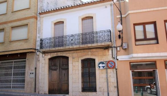 Village house For Sale in Pedreguer-MPA01455