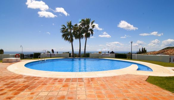 Apartment in Benahavís, URBANIZACION LOS ARQUEROS., for sale