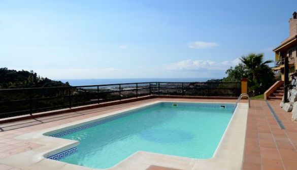 Villa in Santa Susanna, for sale