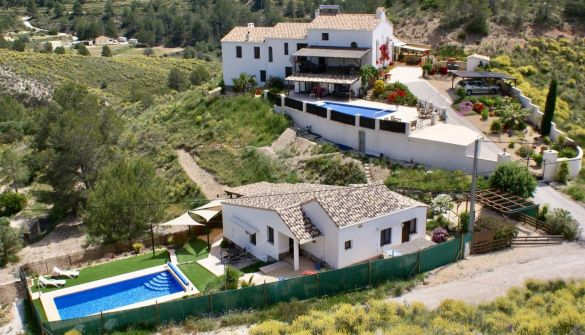Country House in Finestrat, for sale