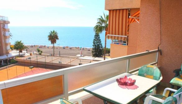 Apartment in Torrox Costa, miete